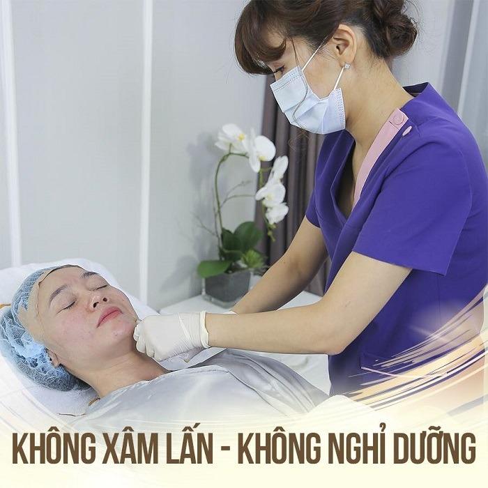 Căng da mặt bằng chỉ collagen là phương pháp thẩm mỹ không phẫu thuật