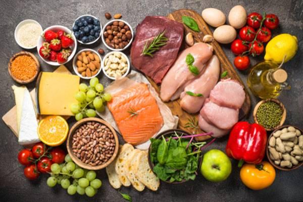 Ăn uống điều độ là một yếu tố giúp giảm béo bụng