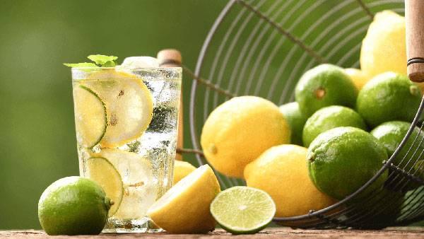 Các loại nước tự nhiên với hàm lượng đường thấp sẽ là sự lựa chọn tốt trong thực đơn ăn uống giảm mỡ bụng của bạn