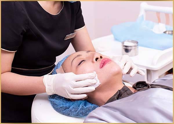 Quy trình thực hiện căng da mặt bằng chỉ Collagen Smart Fiber - Bước 2