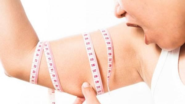 Muốn giảm béo bắp tay thì trước hết cần giảm mỡ toàn thân