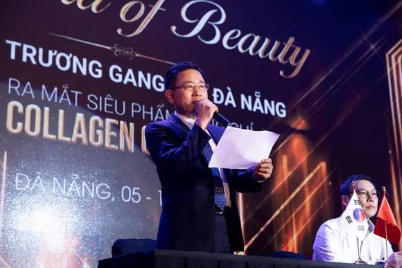 Giám đốc Mega Hàn Quốc Lee Bok June phát biểu tại lễ chuyển giao