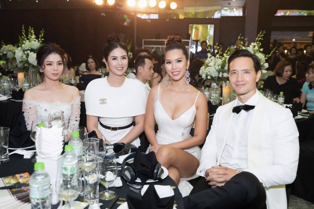 Ba mĩ nhân: ca sĩ Lệ Quyên, hoa hậu Ngọc Hân, siêu mẫu Hà Anh đẹp rạng ngời bên cạnh nam diễn viên Kim Lý tại sự kiện