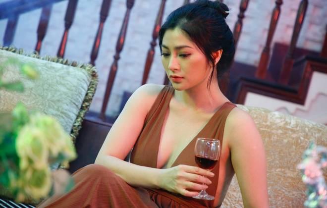 Thanh Trúc gây ấn tượng trong vai Chiêu Dương (phim Trà táo đỏ)