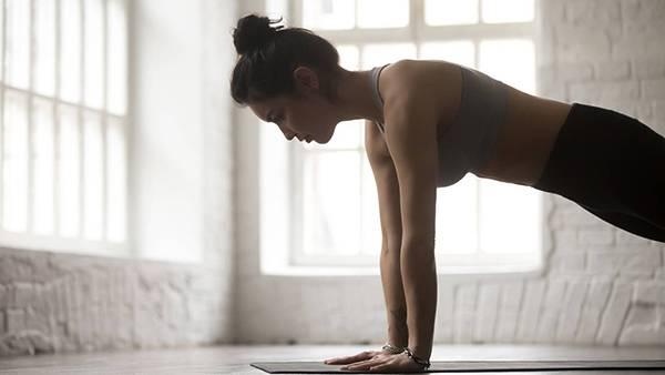 Bài tập yoga giảm mỡ bụng 6: Tư thế cây cầu