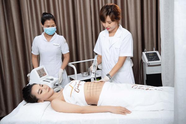 điều trị giảm mỡ bằng công nghệ Smart Lipo.