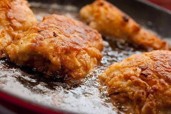 Ăn nhiều đồ ăn nhanh, chất béo làm gia tăng mỡ thừa vòng bụng