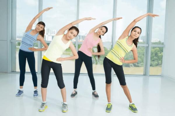 Các bài tập thể dục giảm béo toàn thân đòi hỏi sự kiên trì và sự bền bỉ.