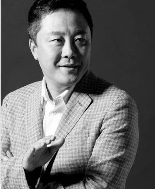 Chủ tịch Lee Bok June