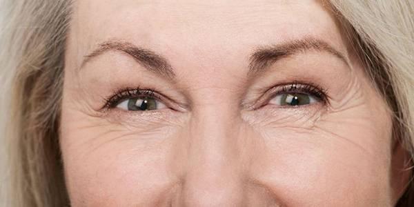 Thay đổi lối sống hằng ngày để giảm nếp nhăn trên khuôn mặt