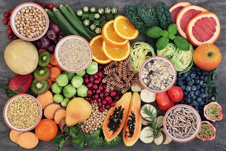 Ngũ cốc nguyên cám & rau củ quả là nhóm thực phẩm giàu carbohydrate nhưng không gây tăng cân
