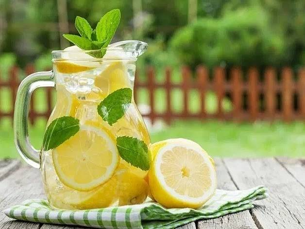 giảm béo với chanh và nước lọc