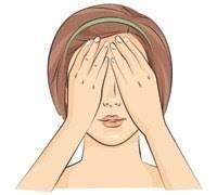 Bước 4: Massage nhẹ nhàng từ trên xuống dưới & từ dưới lên trên
