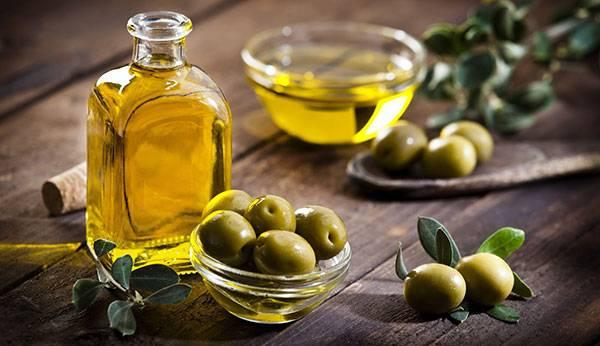 Dầu olive có nhiều công dụng tốt cho da mặt