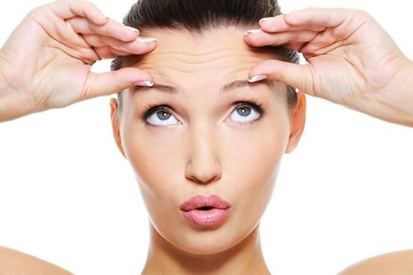 Nếp nhăn xuất hiện trên trán cho thấy bạn đã trải qua nhiều căng thẳng & stress kéo dài