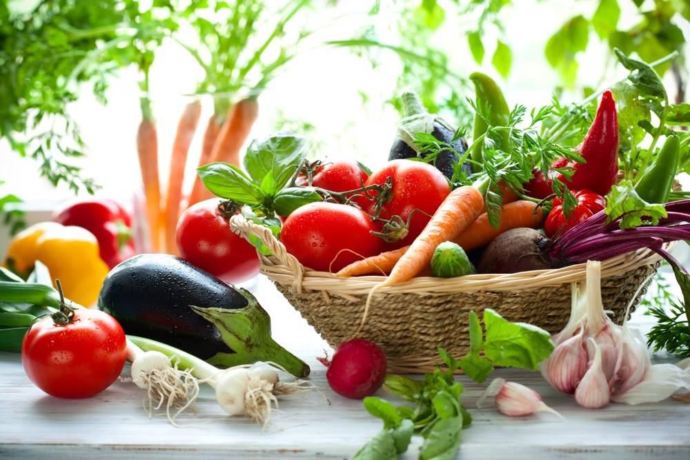 """Hãy thuộc lòng nguyên tắc """"mùa nào thức nấy"""" khi chọn theo đuổi thực đơn giảm cân bằng rau củ quả"""