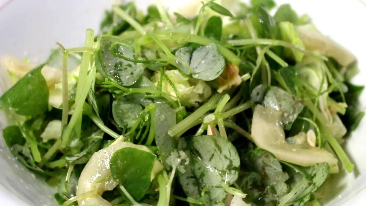 Nghe lạ tai nhưng một khi đã ăn thì salad rau càng cua rất dễ gây nghiện