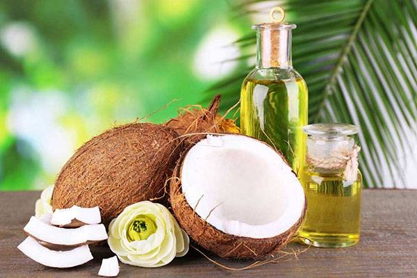 Bạn đã thử xóa nếp nhăn bằng dầu dừa chưa?