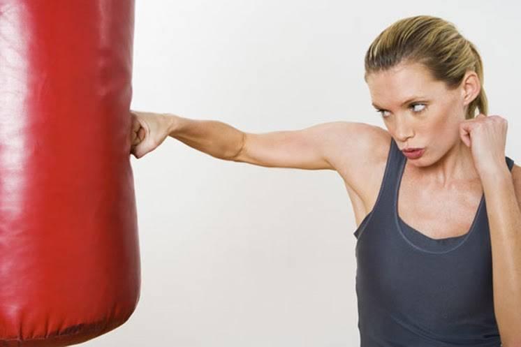 Bài tập cardio đấm móc giảm mỡ toàn thân cho nữ