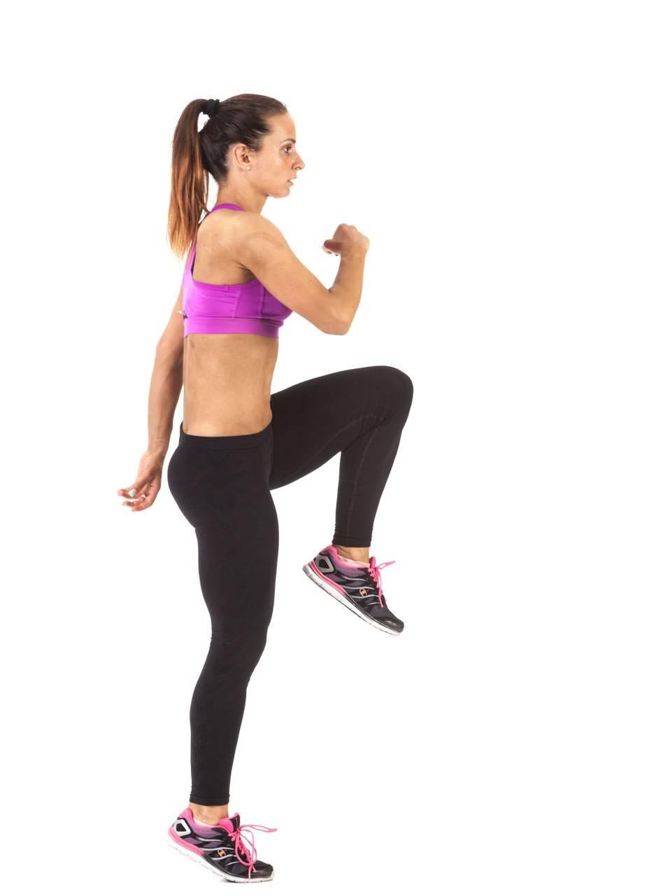 Bài tập cardio với động tác bước chân sáo