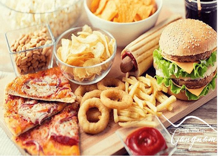 Ăn uống không lành mạnh là nguyên nhân gây béo eo