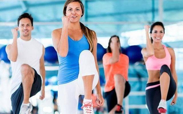 Bài thể dục giảm mỡ bụng nâng cao đùi