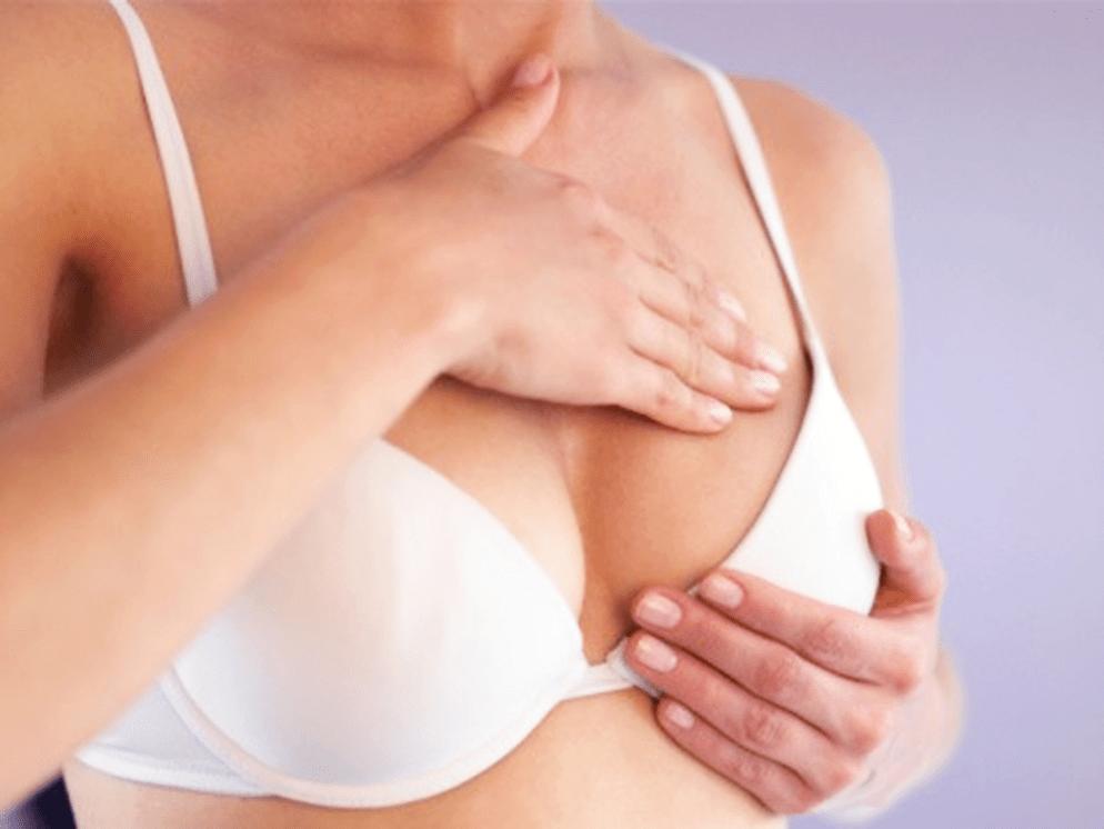 Massage ngực tự nhiên tại nhà là cách làm ngực bé lại hiệu quả