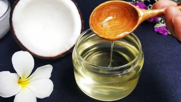 Massage mặt bằng dầu dừa cần lưu ý những gì?