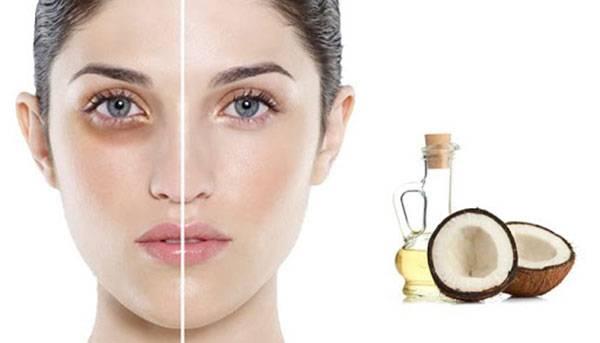 Tẩy trang và massage mặt bằng dầu dừa