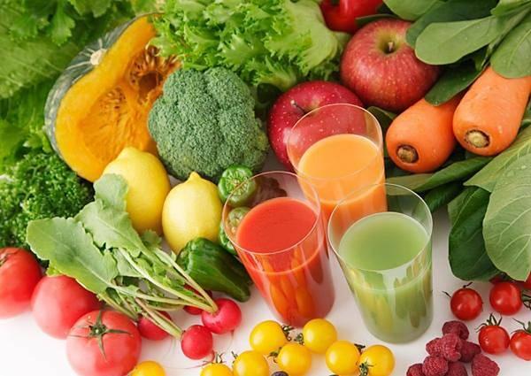 Thay đổi chế độ ăn uống để vùng mặt được thon gọn, không còn chảy xệ