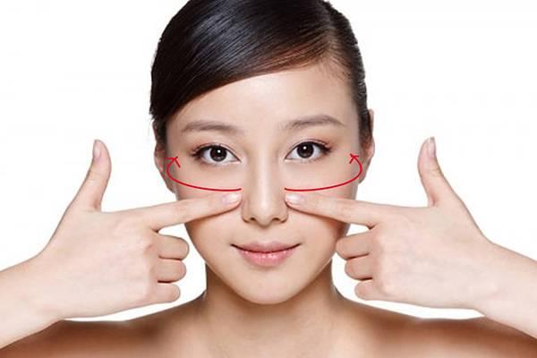 Yoga nâng cơ mặt cải thiện cơ chảy xệ, tăng độ đàn hồi cho da