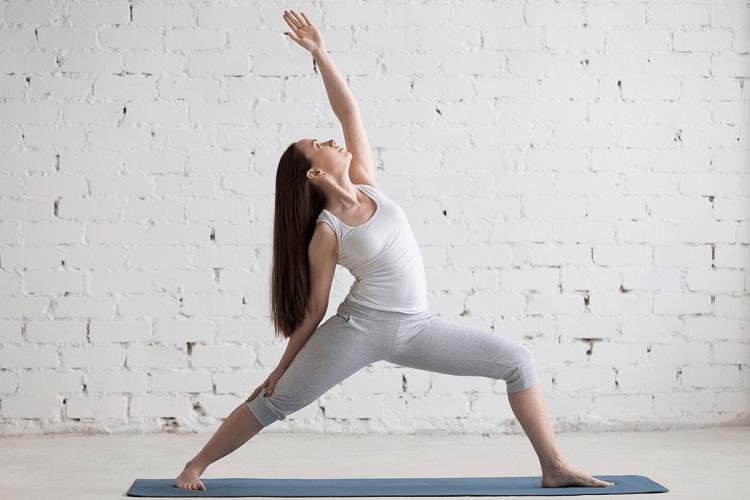 Yoga giúp làm giảm căng thẳng và mệt mỏi để duy trì tình trạng cơ thể khỏe mạnh