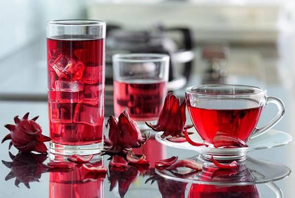Thử uống trà atiso bạn sẽ giải đáp được thắc mắc uống gì cho đẹp da