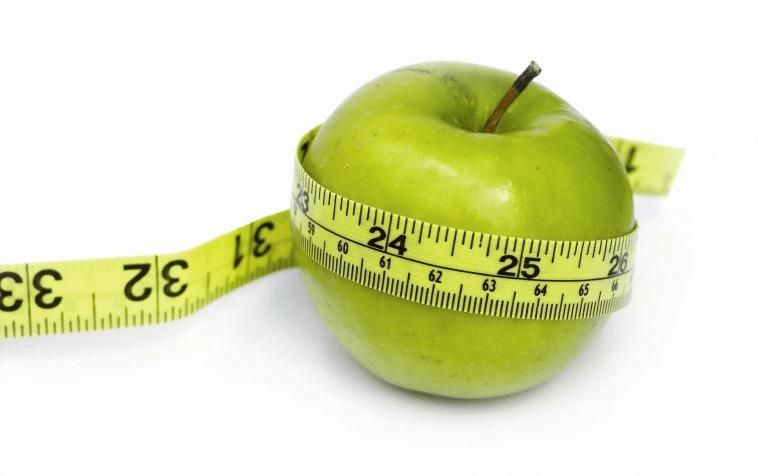 Ăn táo giảm cân đúng cách