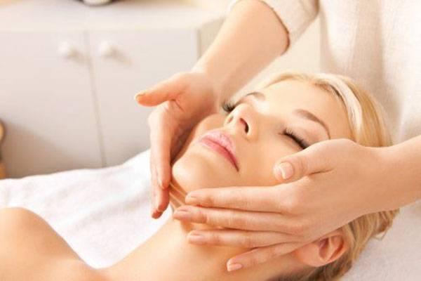 Tẩy tế bào chết cho da giúp làm sạch sâu cho làn da