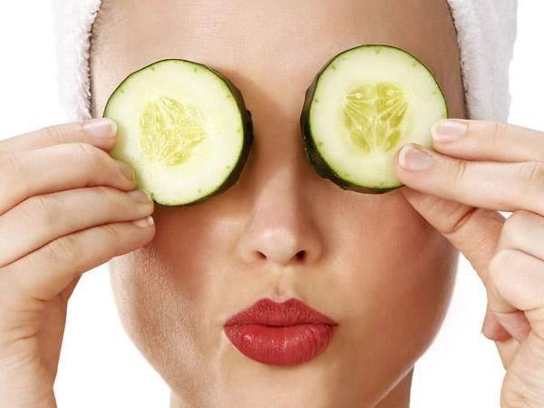 Đắp mặt nạ thiên nhiên giúp đôi mắt được thư giãn, ngừa lão hóa da vùng mắt hiệu quả
