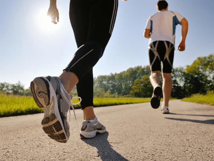 Bài tập đi bộ tốt cho việc giảm mỡ đùi