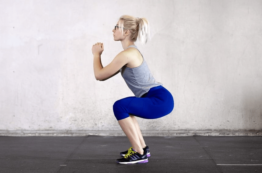 Squat giảm mỡ đùi