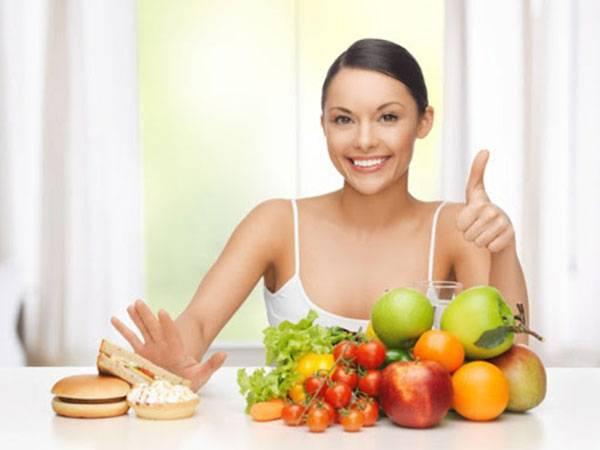 Mặt nhiều lỗ chân lông to bạn cần chú ý ăn uống điều độ