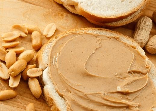 Bánh mì bơ đậu phộng