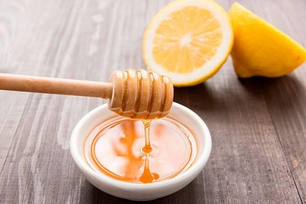 Chanh và mật ong dưỡng ẩm cực tốt cho da
