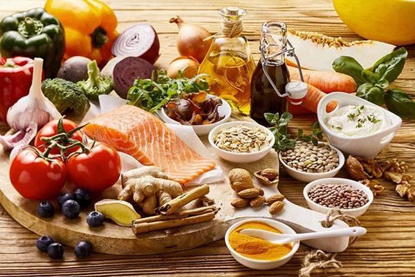 Thay đổi chế độ dinh dưỡng khoa học để cải thiện làn da từ bên trong