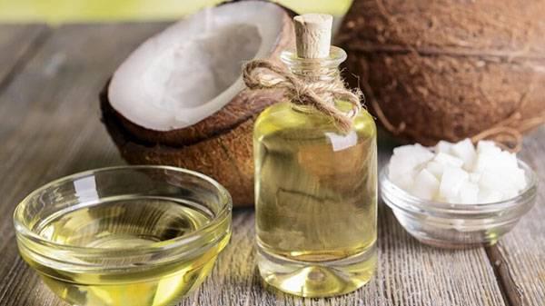 Dầu dừa được dùng nhiều trong các trường hợp sẹo rỗ nhẹ
