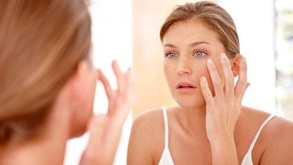 Chăm sóc da không đúng cách là nguyên nhân khiến lỗ chân lông dễ bị viêm