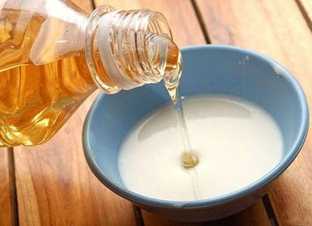 Cách làm trắng da toàn thân đơn giản bằng dầu dừa