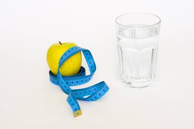 Giảm mỡ bằng việc uống nước